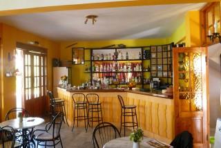 facilities liberty II hotel bar